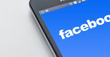 Facebook va lansa Live Audio Rooms